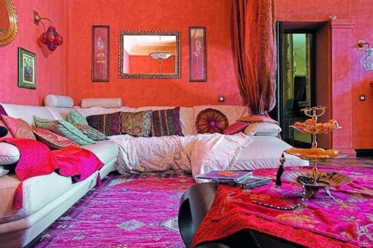 Декор подушек в восточном стиле