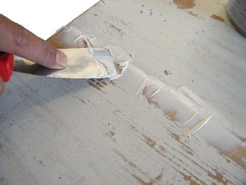 Удаление трещин и царапин с мебели
