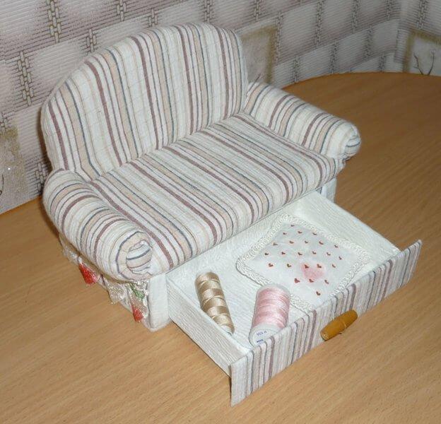 Кресло для куклы своими руками фото