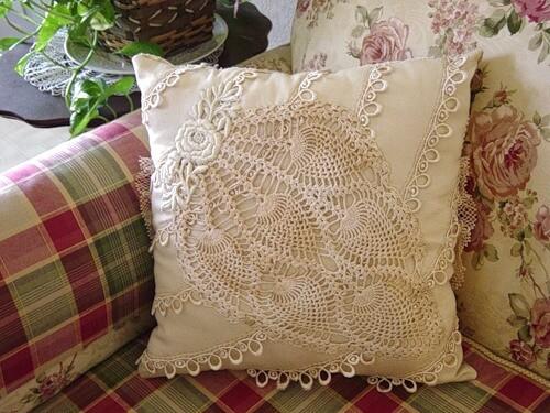 Винтажная подушка