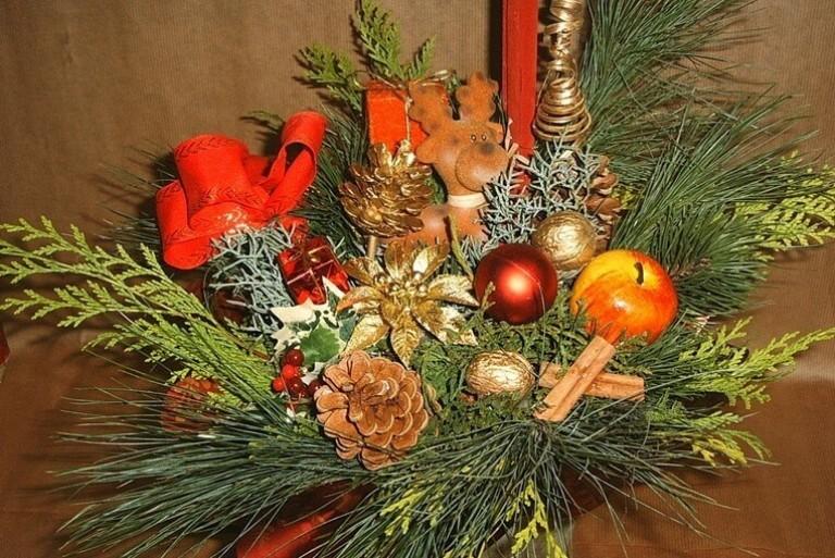 Новогодние поделки икебаны