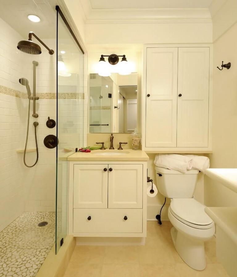 Маленькая душевая комната с туалетом дизайн