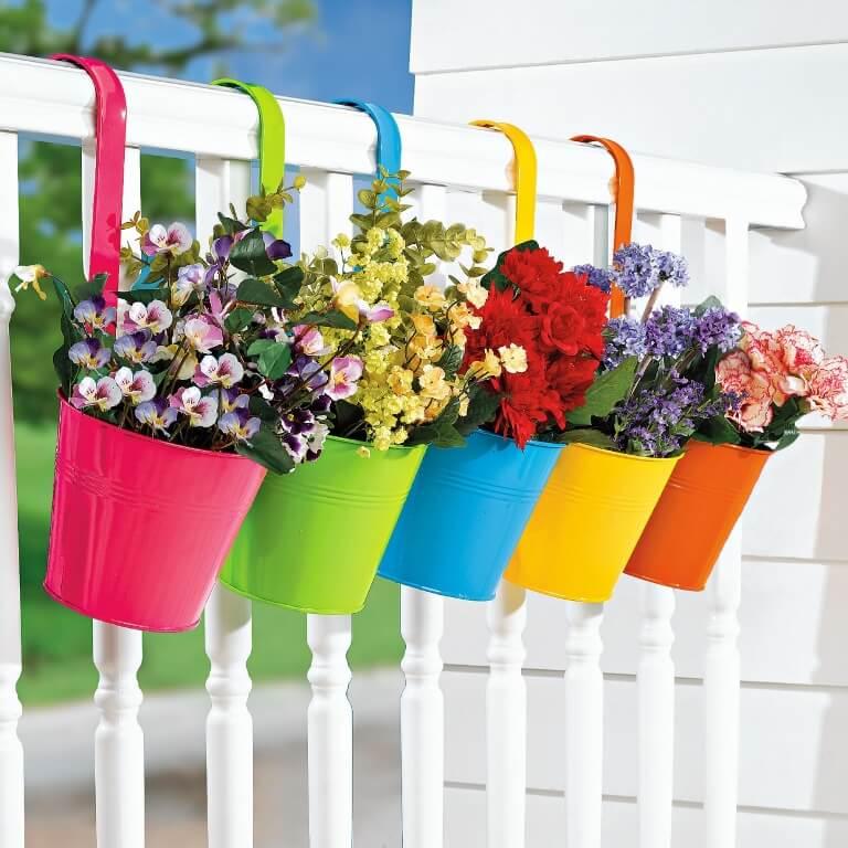 Оформление лоджии цветами
