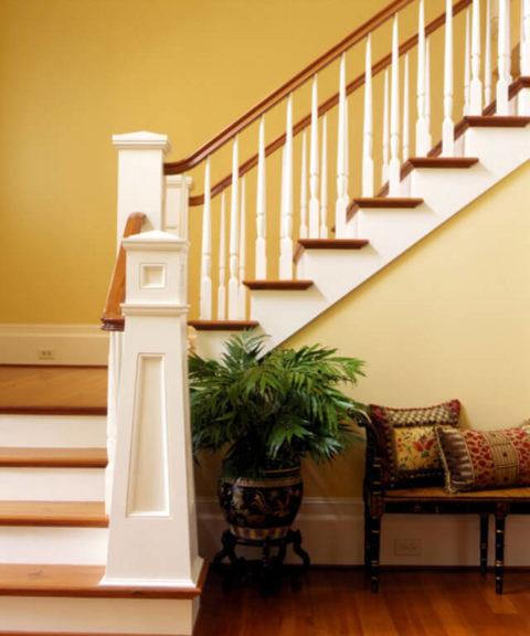 Дизайн лестниц для частного дома: какой лучше выбрать?