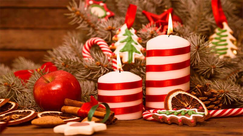 Новогоднее украшение на стол своими руками 4