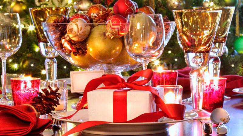 Новогоднее украшение на стол своими руками 2