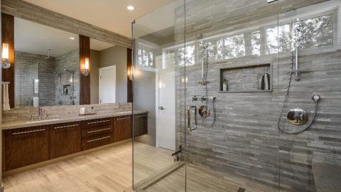 Оригинальные и стильные интерьеры душевой комнаты