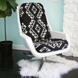 Уютная комната, кресло
