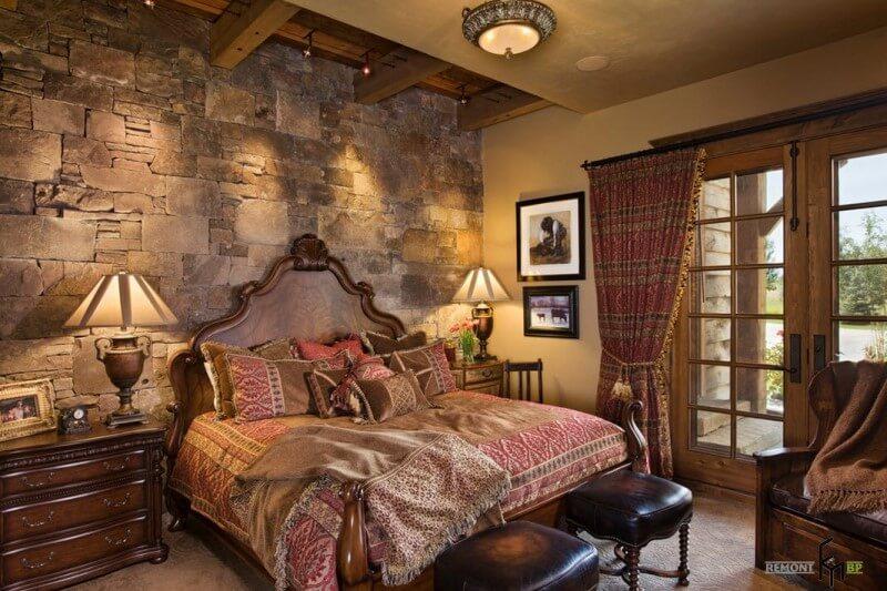 Натуральный камень в интерьере спальни