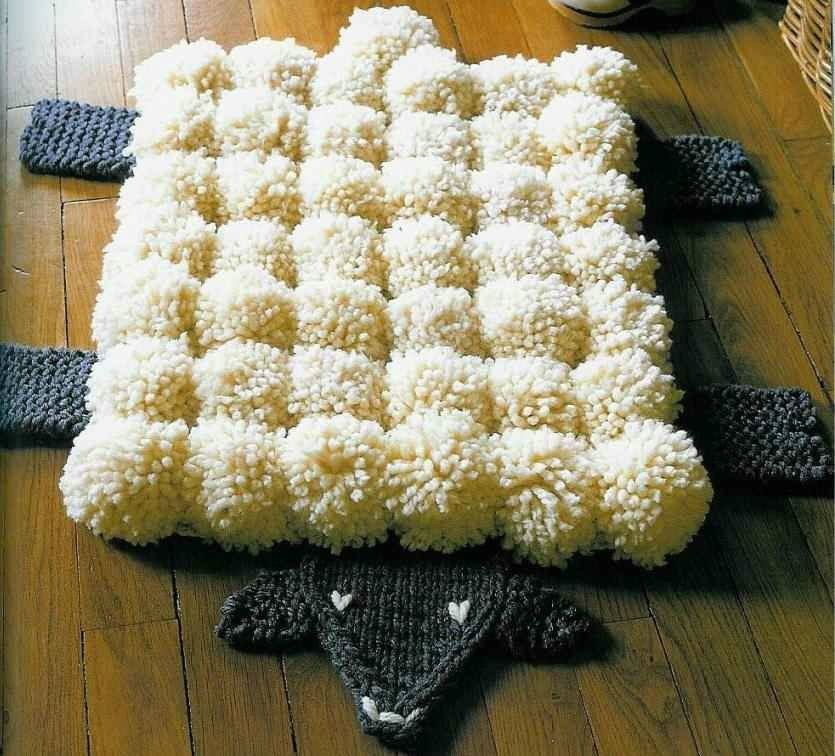 Овечка коврик из помпонов