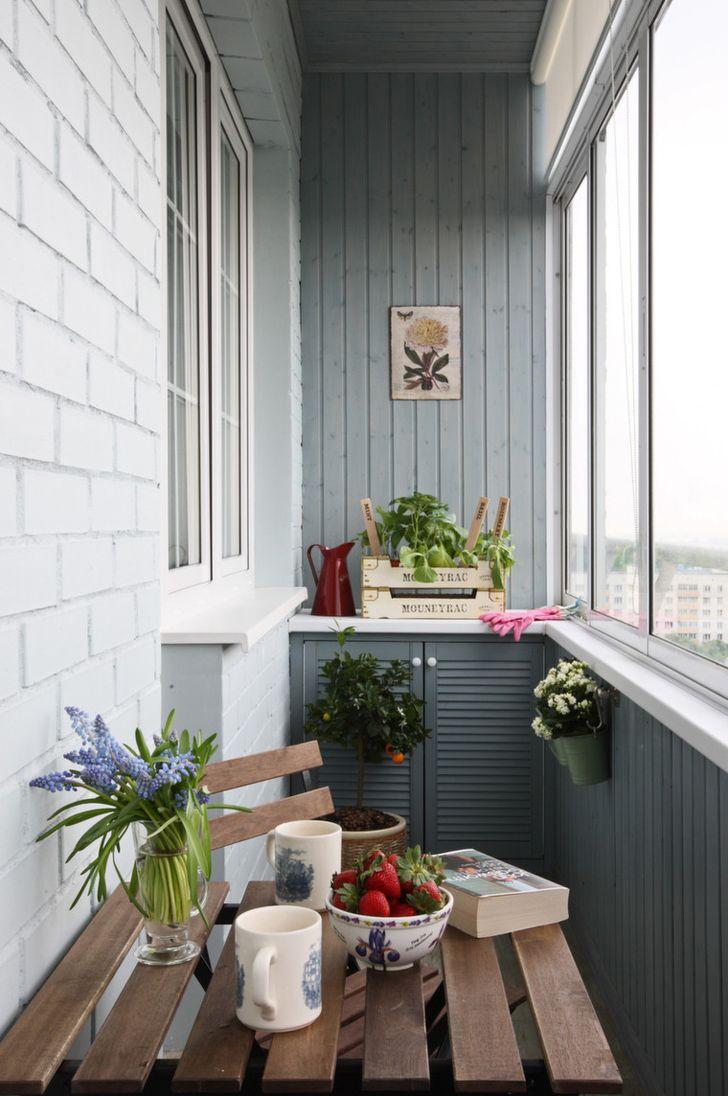 Крашеная вагонка в интерьере балкона