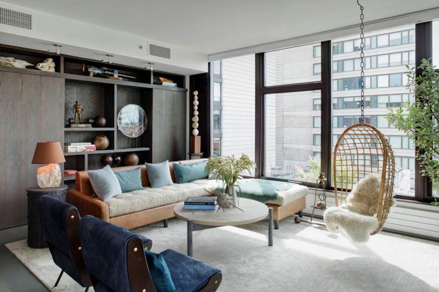 Серый ковер в современной гостиной