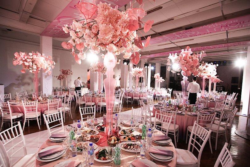 Аренда мебели для свадеб и других мероприятий