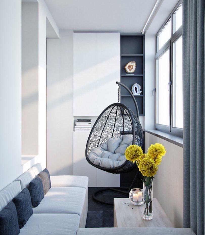 Встраиваемый шкаф на балконе
