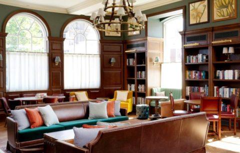 Интерьер отеля University Arms: возрожденная английская классика