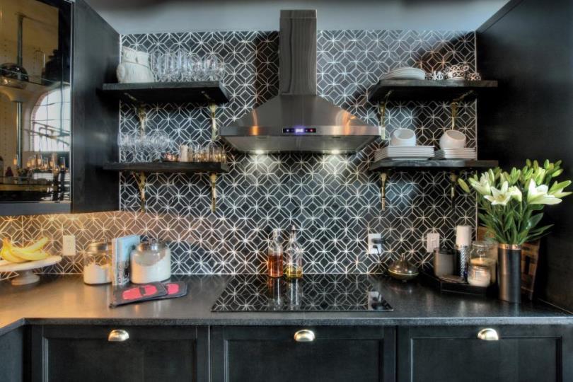 Интерьер черной кухни
