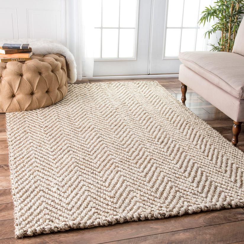 Уютный коврик в интерьере