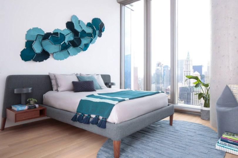 Настенное украшение в спальне