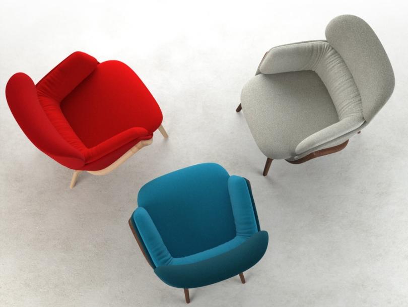 Синие, красное и серое кресла