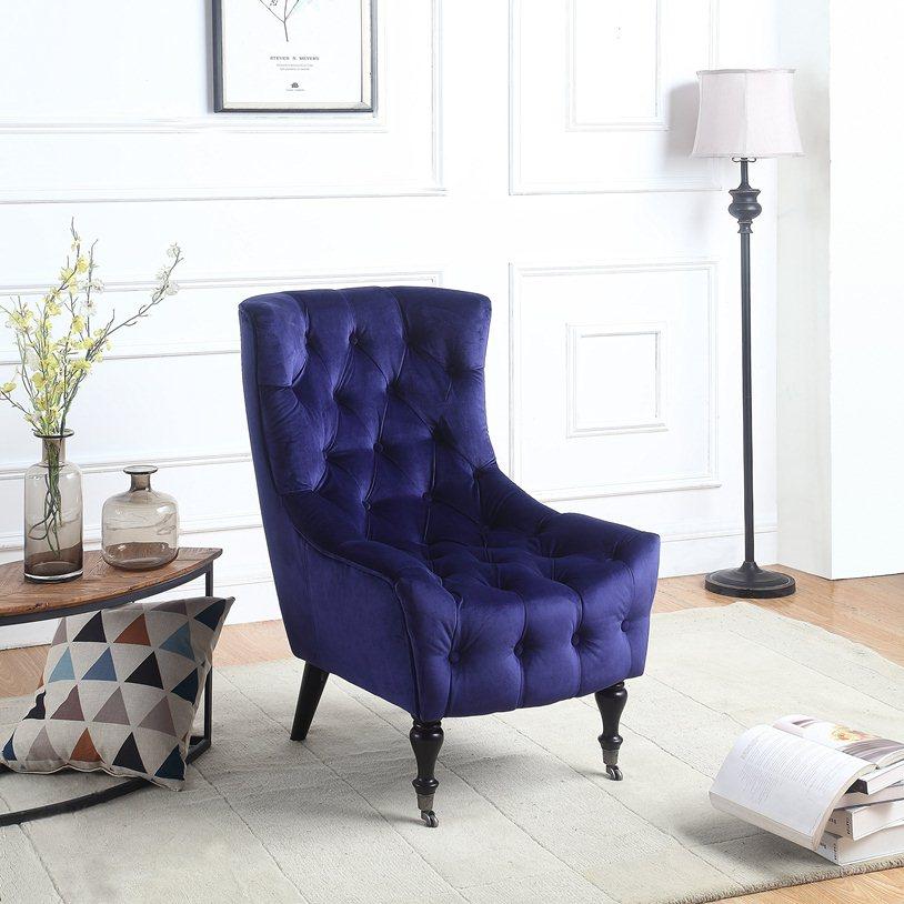 Стеганное кресло