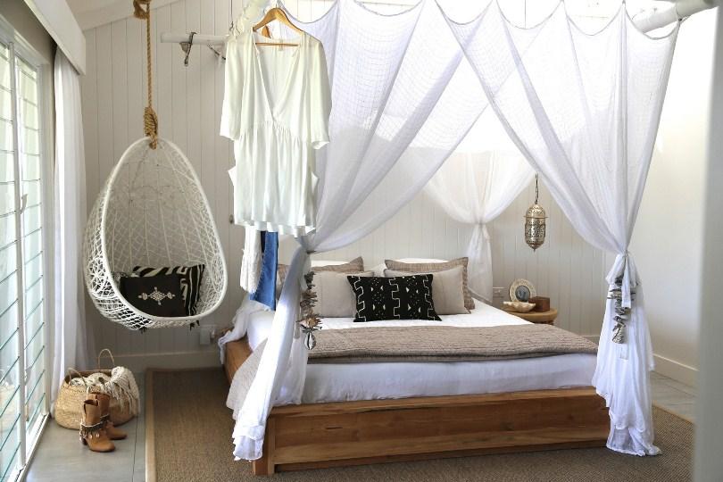 Кокон в спальне