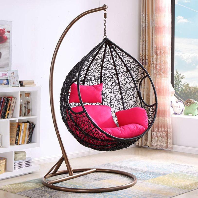 Кокон с розовыми подушками