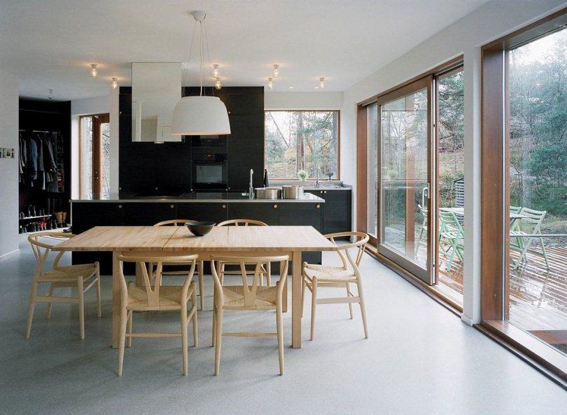Черный кухонный гарнитур