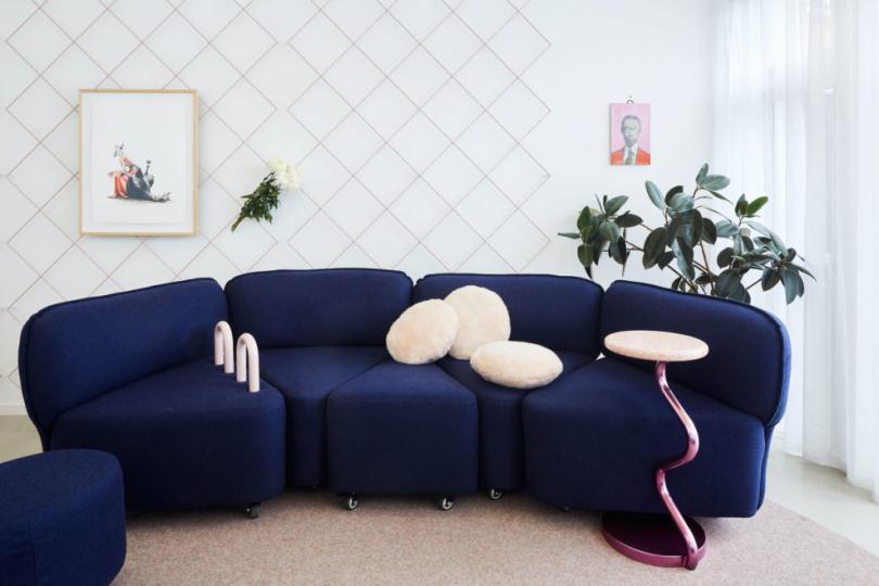 Модульный синий диван
