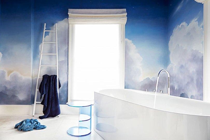 Стены в ванной с облаками